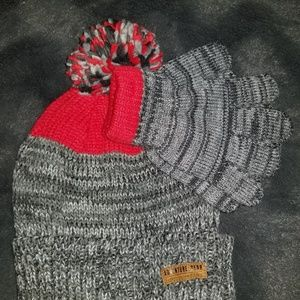 Carter's toddler hat and glove set